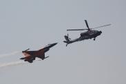 Boeing AH-64D Apache Longbow & Lockheed-Martin F-16AM Fighting Falcon