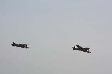 Supermarine Spitfires LF. IXB & LF. XVIE