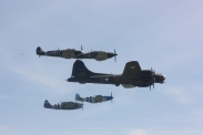 """Boeing B-17G Flying Fortress """"Sally B"""" & The Eagle Squadron"""