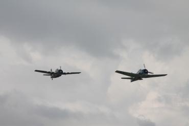 Grumman F6F-3 Hellcat & Grumman FM-2 Wildcat