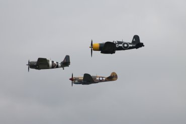 Grumman FM-2 Wildcat, Curtiss P-40F Kittyhawk Mk. II & Goodyear FG-1D Corsair