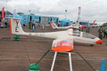 Grob G-103A Viking TX.1 & Grob G-109B Vigilant T.1
