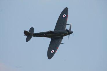 Supermarine Seafire F. XVII