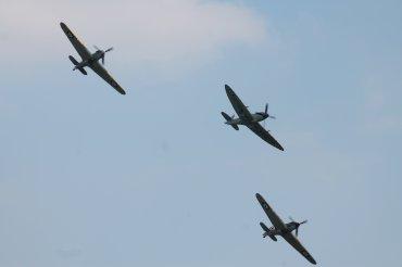 Supermarine Seafire F. XVII, Hawker Hurricane Mk. I & Hawker Sea Hurricane Mk. IB