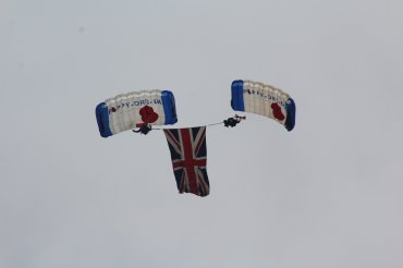 Jump4Heroes Parachute Display Team