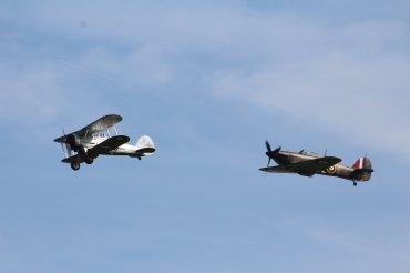 Gloster Gladiator Mk. I & Hawker Hurricane Mk. I
