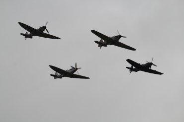 Hawker Hurricane Mk. IIC, Supermarine Spitfires Mk. IIA, LF. XVIE & PR. XIX
